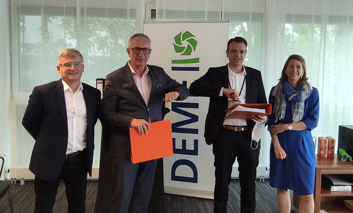 Contract with DEME